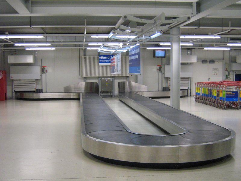 Baggage_reclaim_hahn_airport